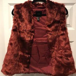 Forever 21, Faux Fur Vest, Burgundy, M